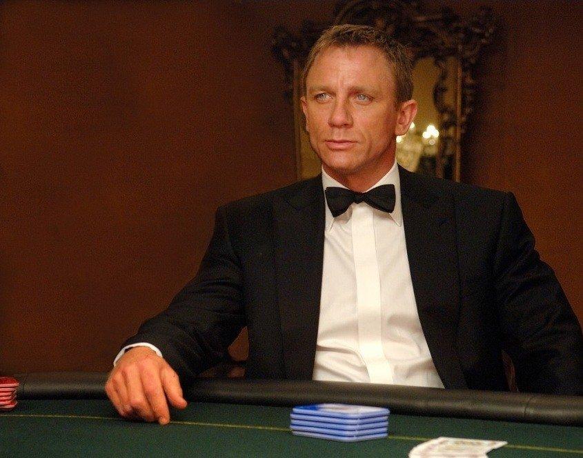 онлайн бесплатно казино рояль